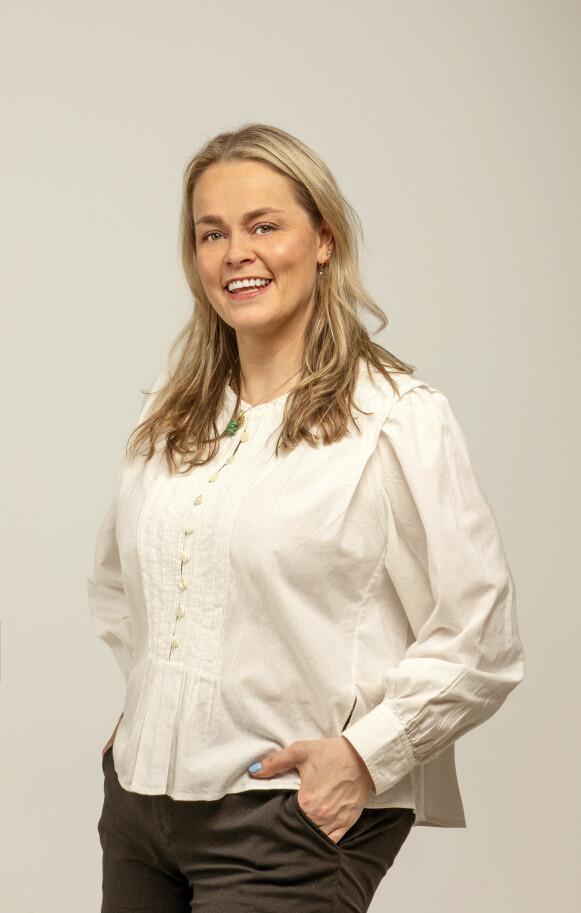 KONGEREPORTER: Se & Hør sin kongehusekspert Caroline Vagle mener kronprinsesse Victoria fronter både svensk og skandinavisk design på en god måte. FOTO: MORTEN EIK