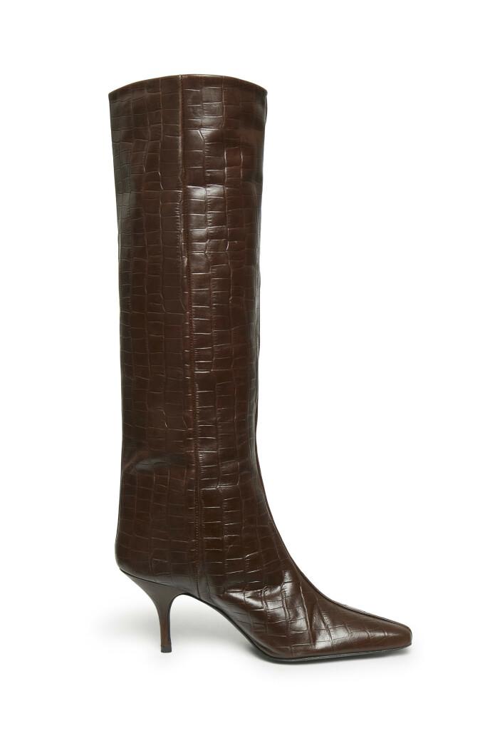 Blanke og brune (kr 4500, Gestuz).