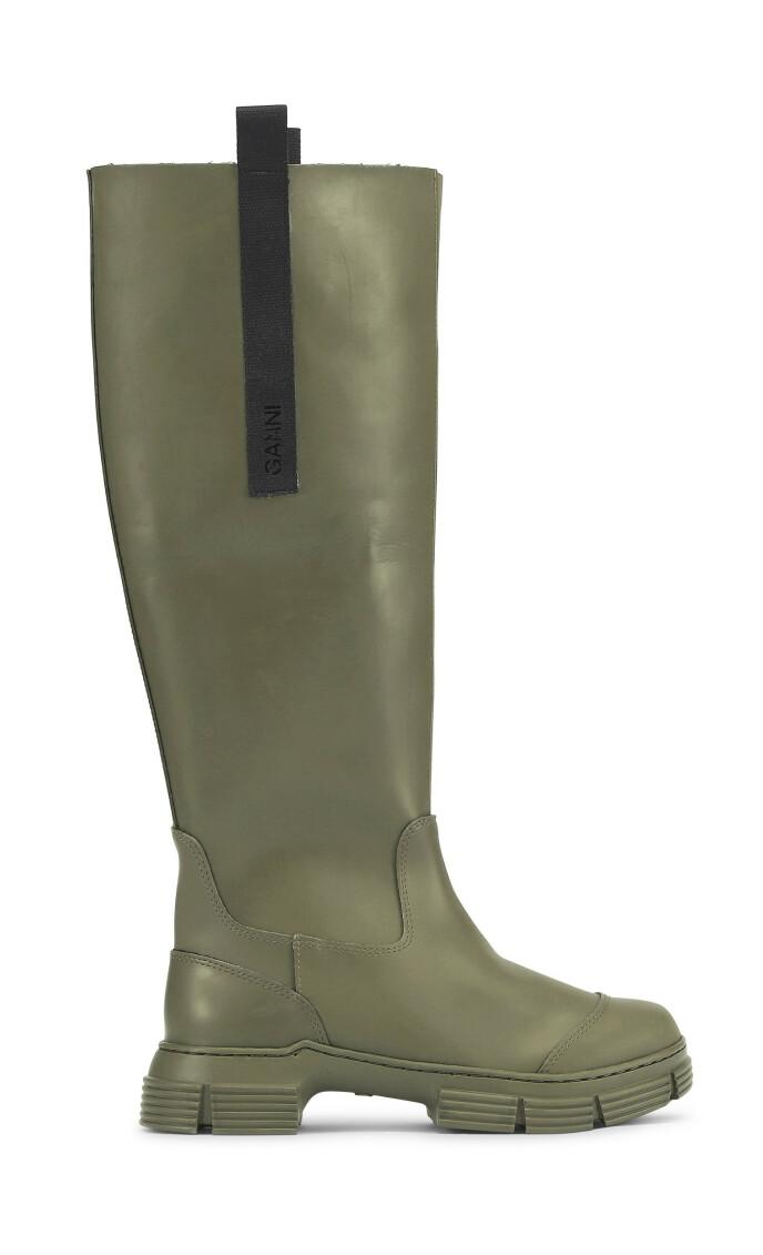 Grønn og smal (kr 4595, Ganni).