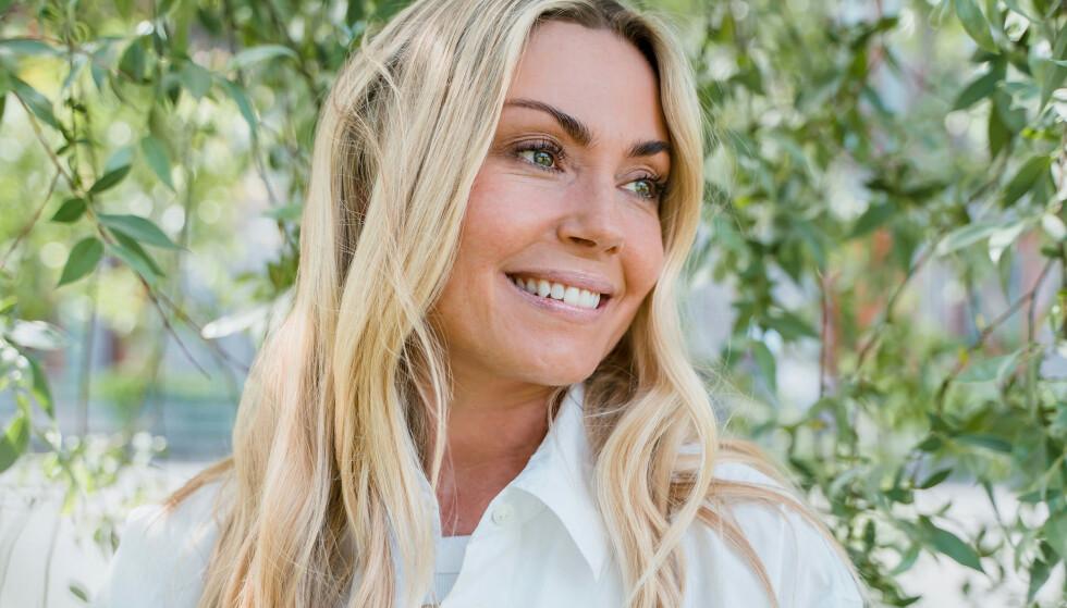 GODT FORNØYD: Katrine Kvalsund er godt fornøyd med resultatene etter å ha brukt kollagenpulver.