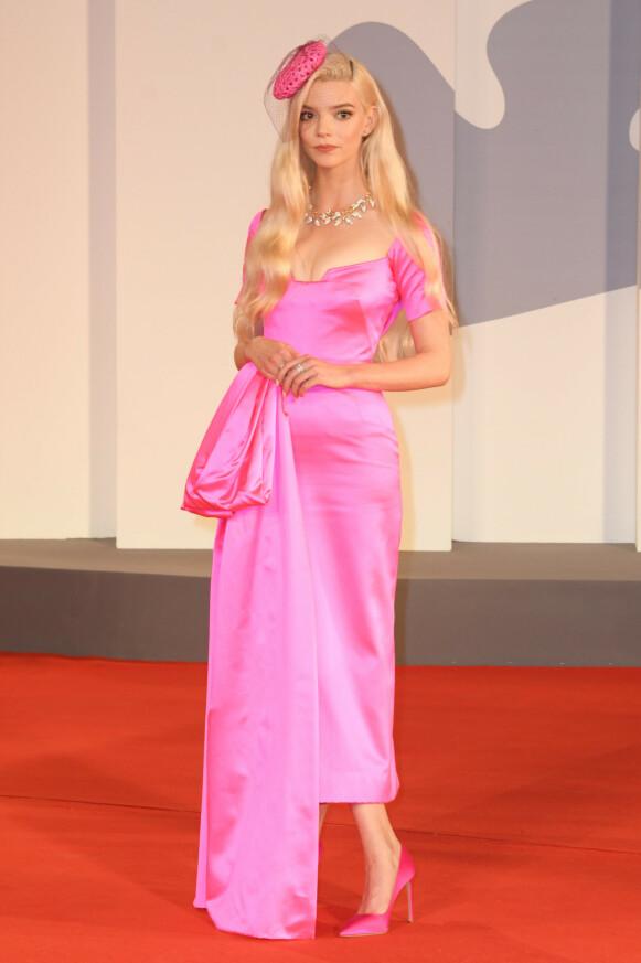 Anya Taylor-Joy i Dior på premieren av «Last Night In Soho». FOTO: NTB