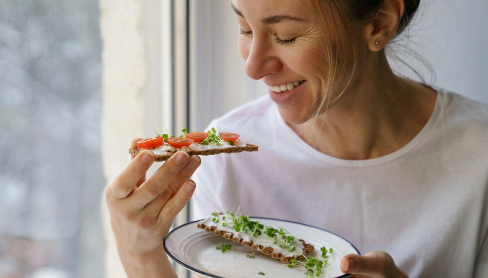 SPIS RIKTIG: Spiser du for lite, eller har et for lavt inntak av protein, kan det påvirke forbrenningen din. FOTO: NTB