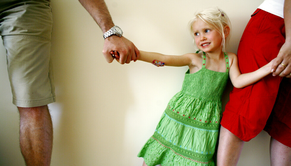 BARNA FØRST: Er det greit for barn å vokse opp i et hjem dere foreldrene «bare» er venner? Og hvor mye krangel tåler de egentlig? Foto: NTB