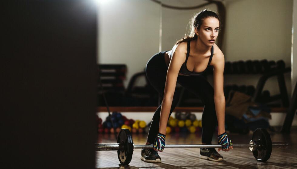 ØKT MUSKELVEKST: - For å få større muskler så handler det om å trene muskulaturen opp til å bli sterkere og tåle mer belastning. Derfor er den viktigste faktoren for muskelvekst å bli sterkere over tid, forklarer ekspert. FOTO: NTB