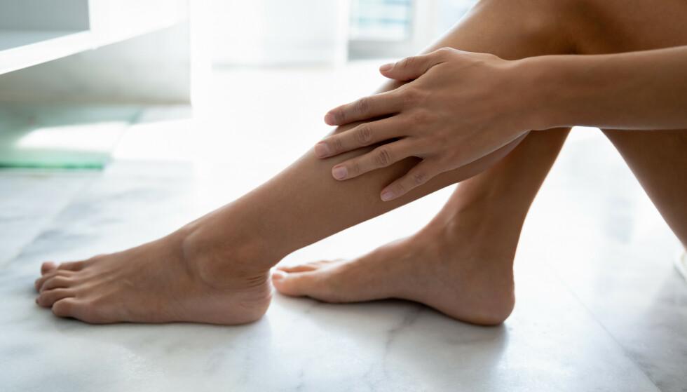 IKKE ENKELT: Det er ikke så lett å få til selvbruning, men med noen gode tips blir det enklere! FOTO: SHUTTERSTOCK/NTB