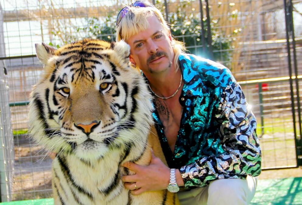 TIGER KING 2: Joseph «Joe Exotic» Maldonado-Passage er ikke bare klar med bok og sesong 2 av «Tiger King» på Netflix. Han lanserer dessuten sin egen hudpleieserie! FOTO: NTB