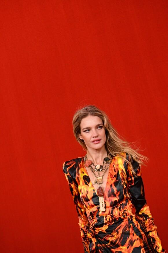 PÅ PLASS: Den russiske modellen Natalia Vodianova. FOTO: NTB