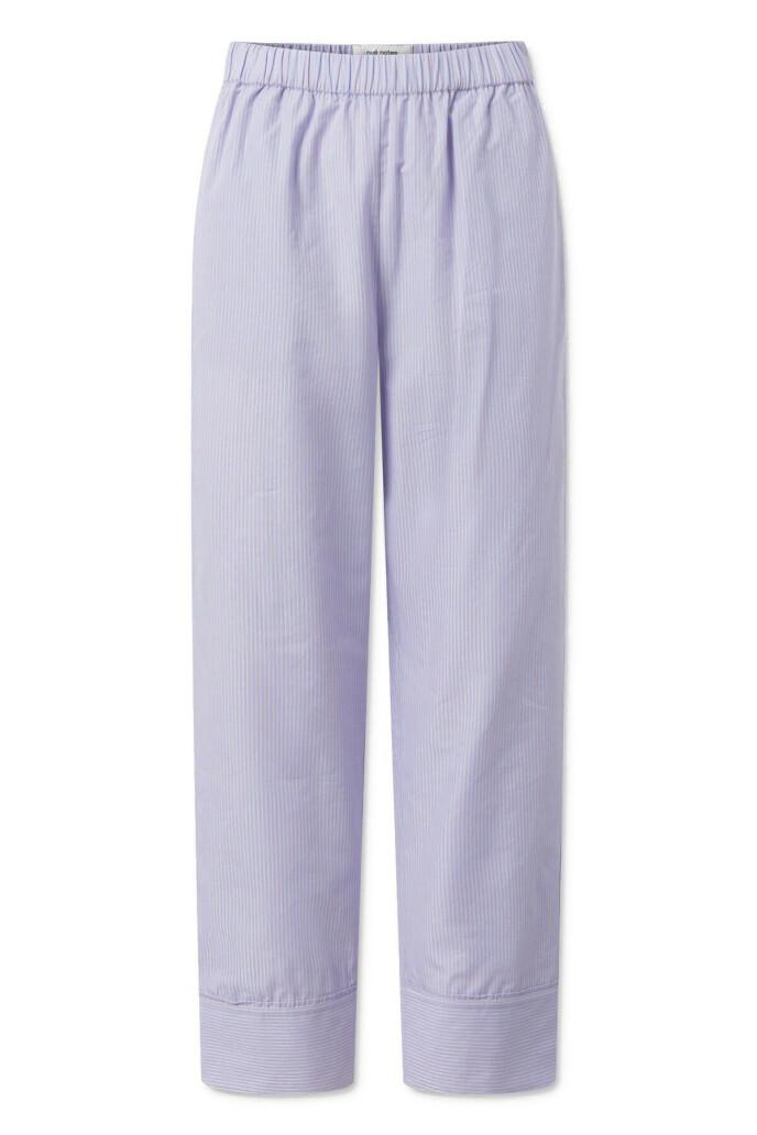 Stripete bukse (kr 1400, Nue Notes).